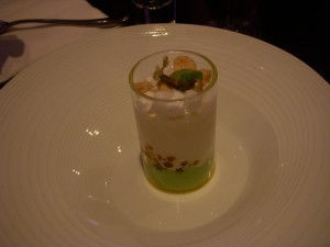 Part 1 - White asparagus soup with arugula, wh