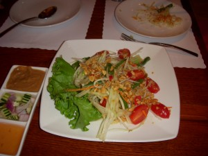 Tangy and refreshing papaya salad