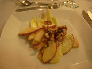 Endive and apple salad with walnuts