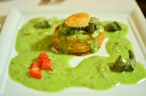 Vol-au-vent of escargots with a garlic-herb cream