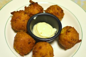 Seafood hush puppies
