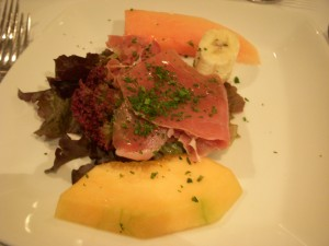 Prosciutto with melon and papaya